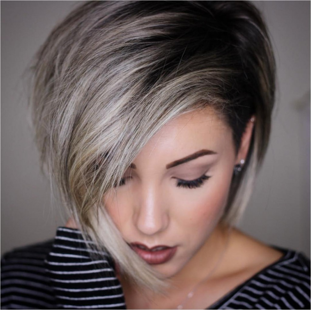 short hairstyle Suits a round face