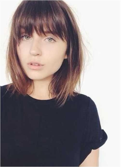 Short hairstyles with bangs 2019 1
