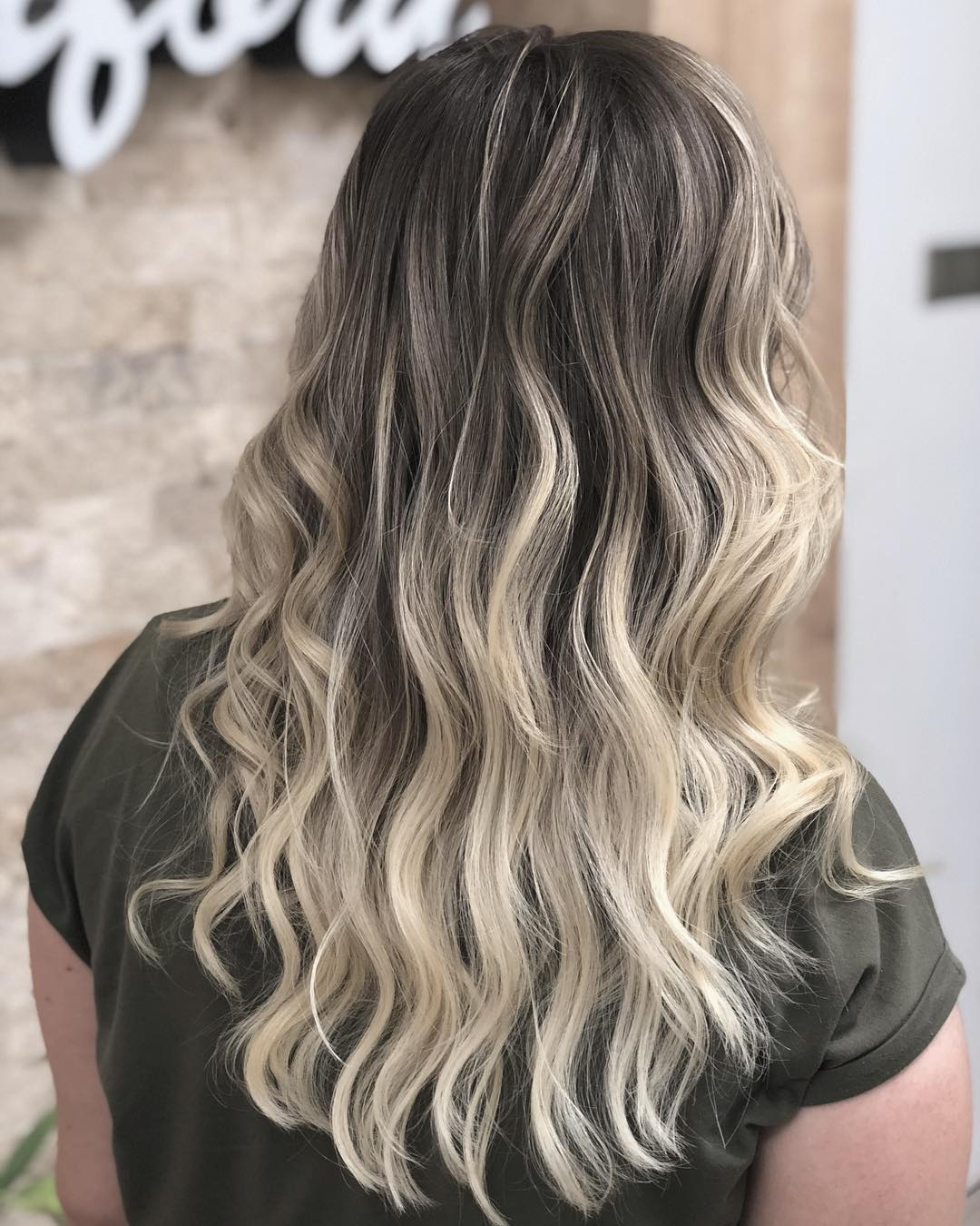 shorthairstyles for ladies with wavy hair 2019-24