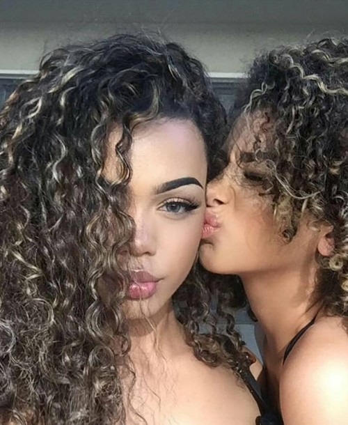 Hairstyles 2019: What curly hairstyles are in for 2019